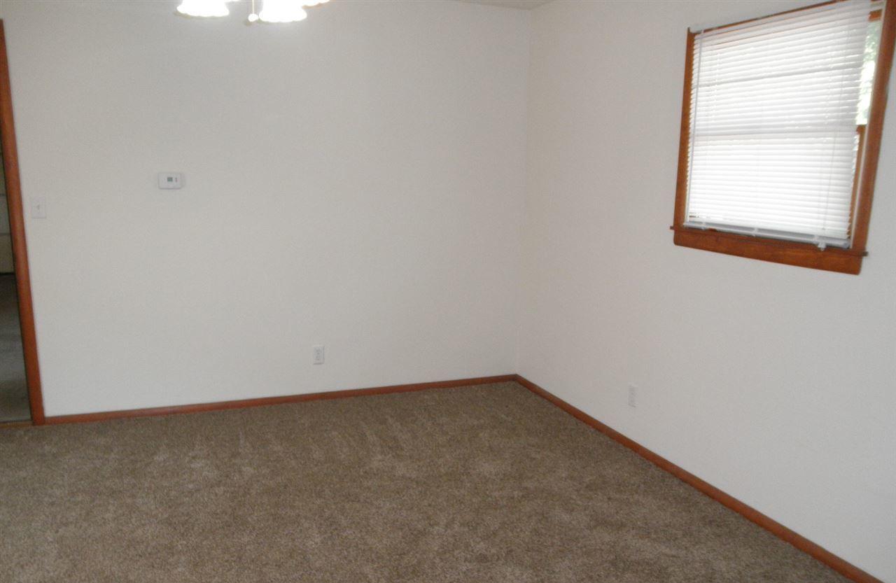 Sold Cross Sale W/ MLS   204 N 13th  Ponca City, OK 74601 21