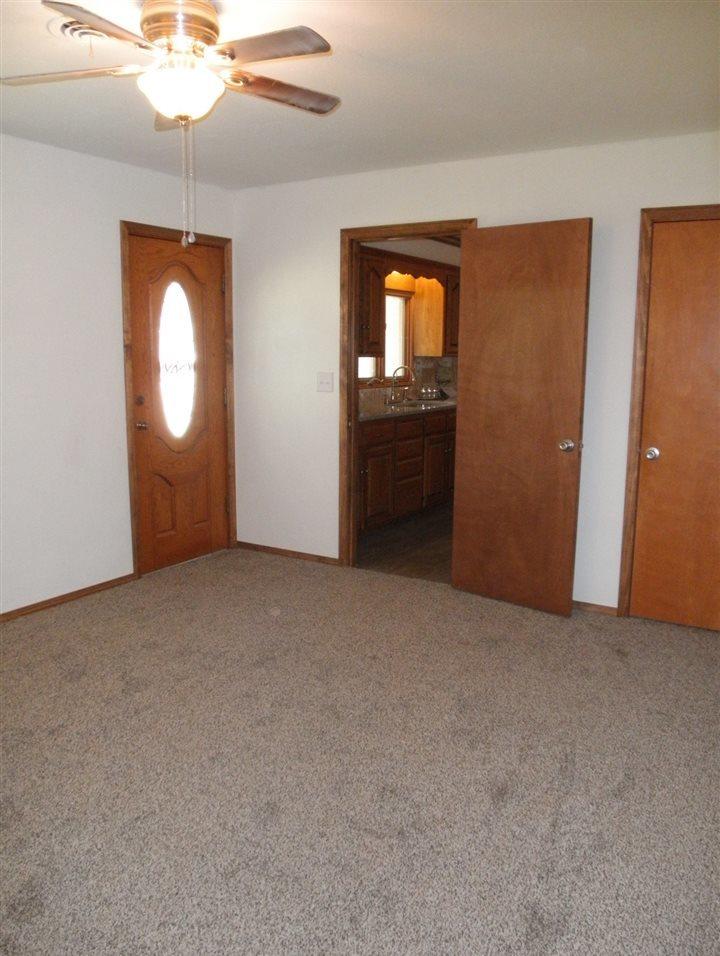 Sold Cross Sale W/ MLS   204 N 13th  Ponca City, OK 74601 3