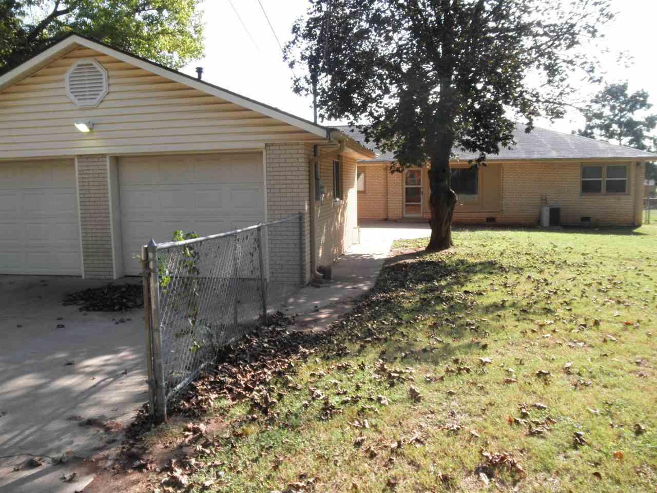 Sold Cross Sale W/ MLS | 204 N 13th  Ponca City, OK 74601 30