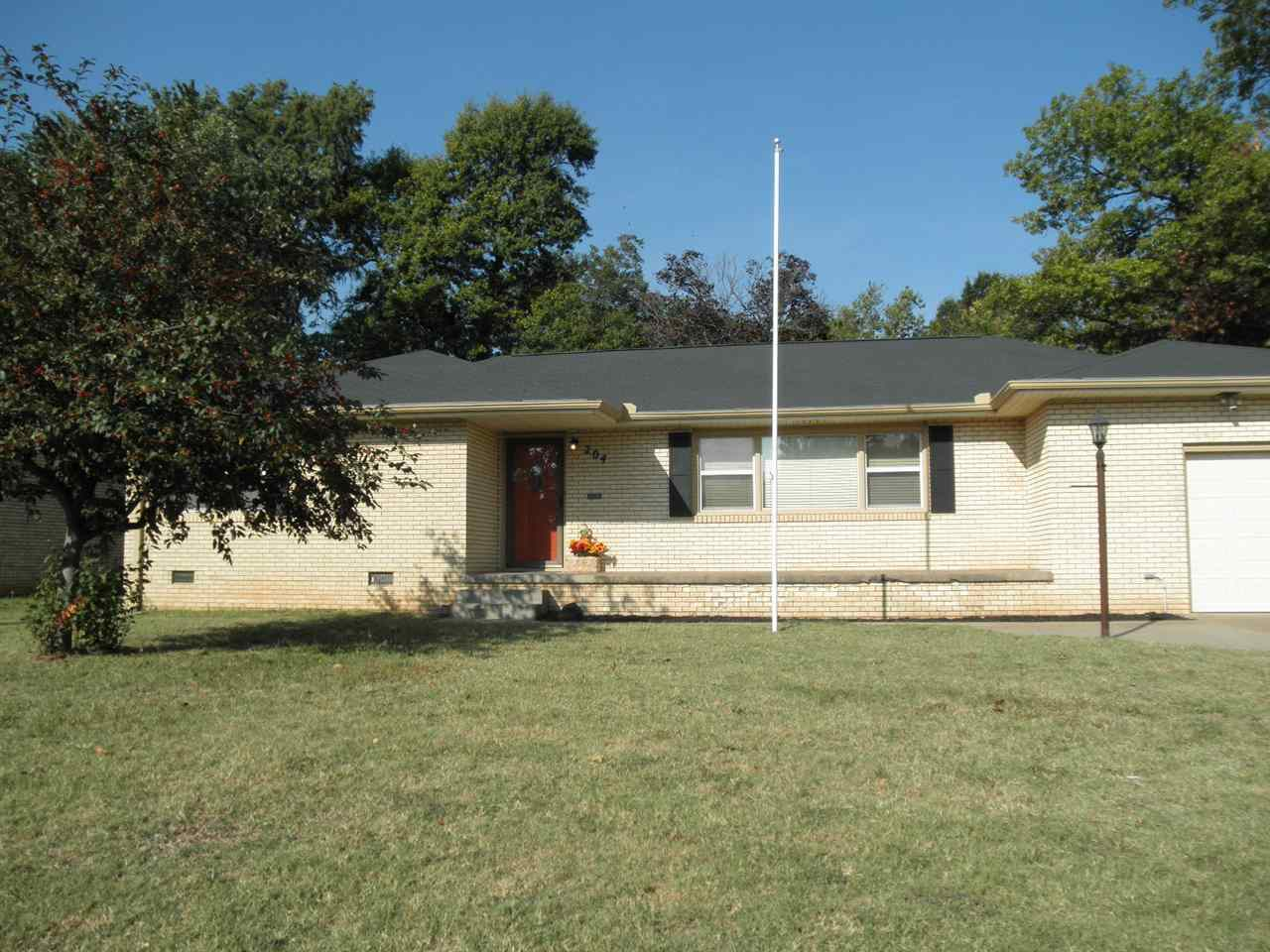 Sold Cross Sale W/ MLS   204 N 13th  Ponca City, OK 74601 33