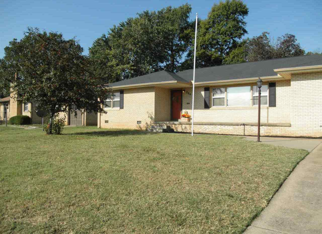 Sold Cross Sale W/ MLS   204 N 13th  Ponca City, OK 74601 34