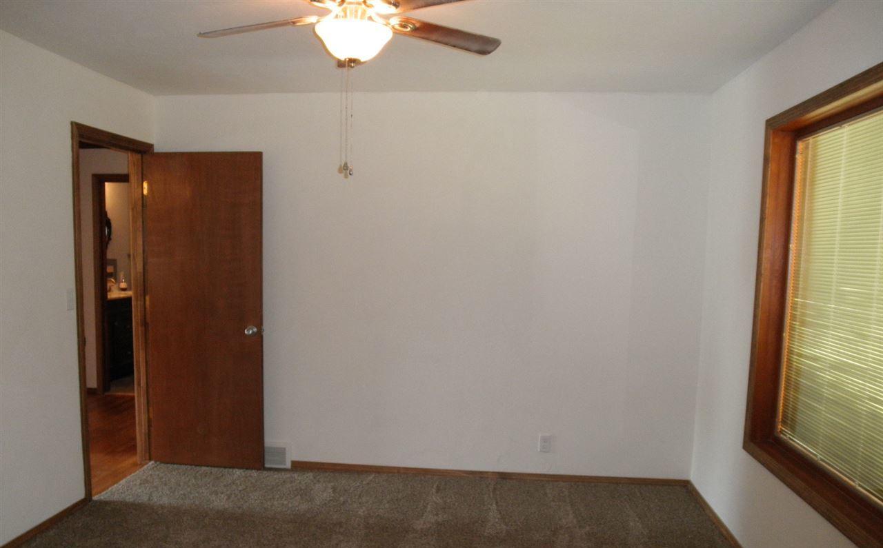 Sold Cross Sale W/ MLS   204 N 13th  Ponca City, OK 74601 4