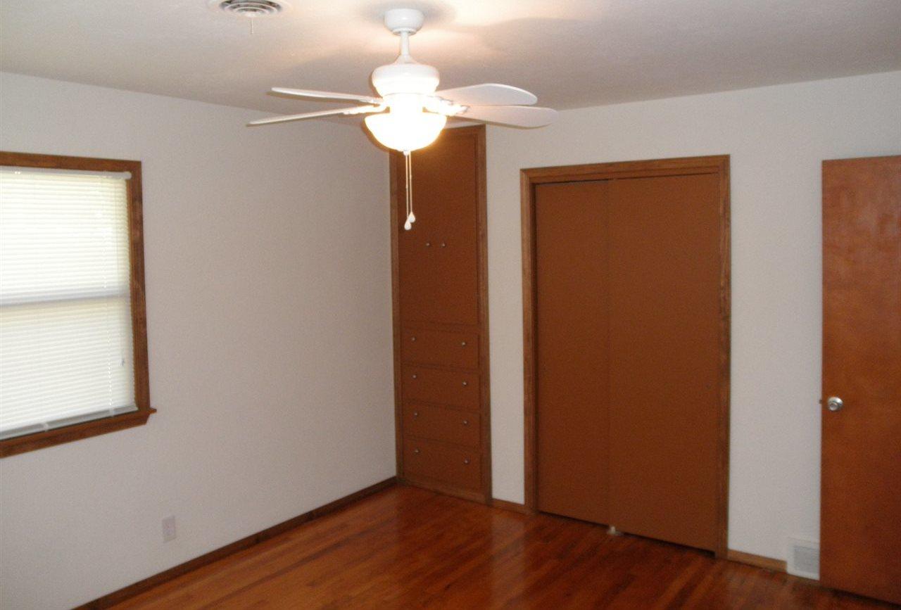 Sold Cross Sale W/ MLS   204 N 13th  Ponca City, OK 74601 6