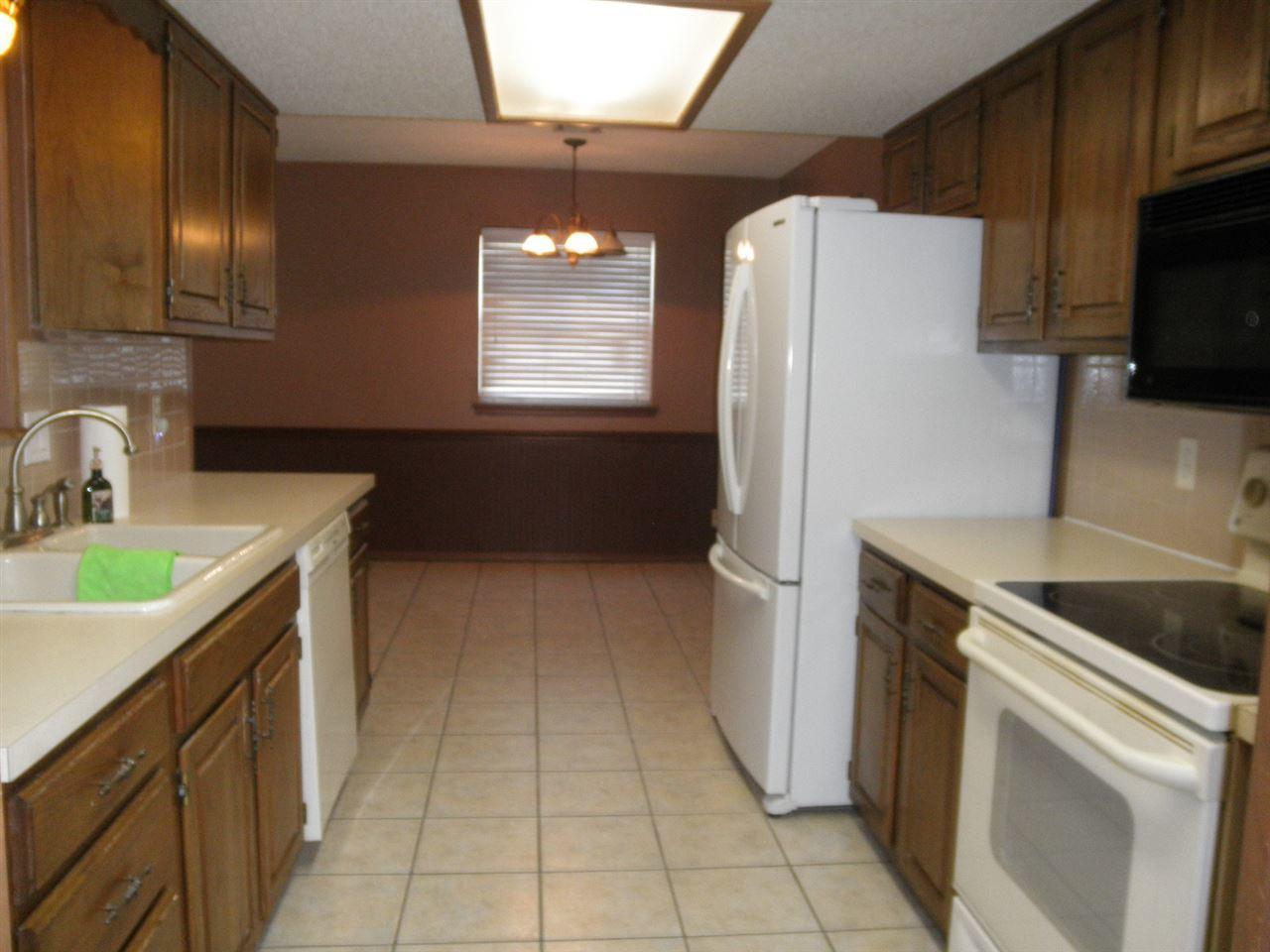 Sold Cross Sale W/ MLS | 300 Lora Ponca City, OK 74601 5