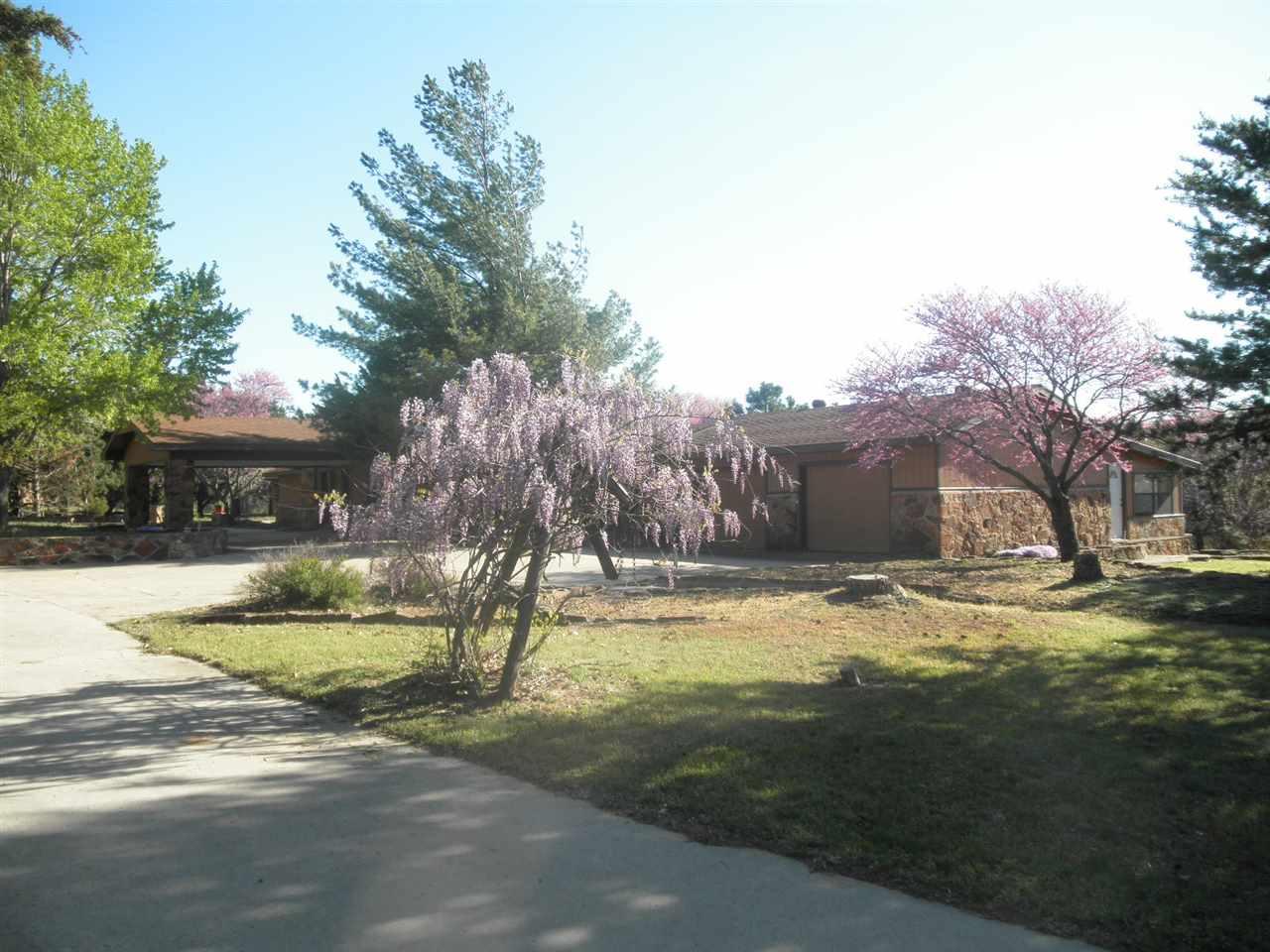 #century21groupone, #homesforsaleponcacity, #poncacityrealestate | 5317 Hunt Road Ponca City, OK 74604 1