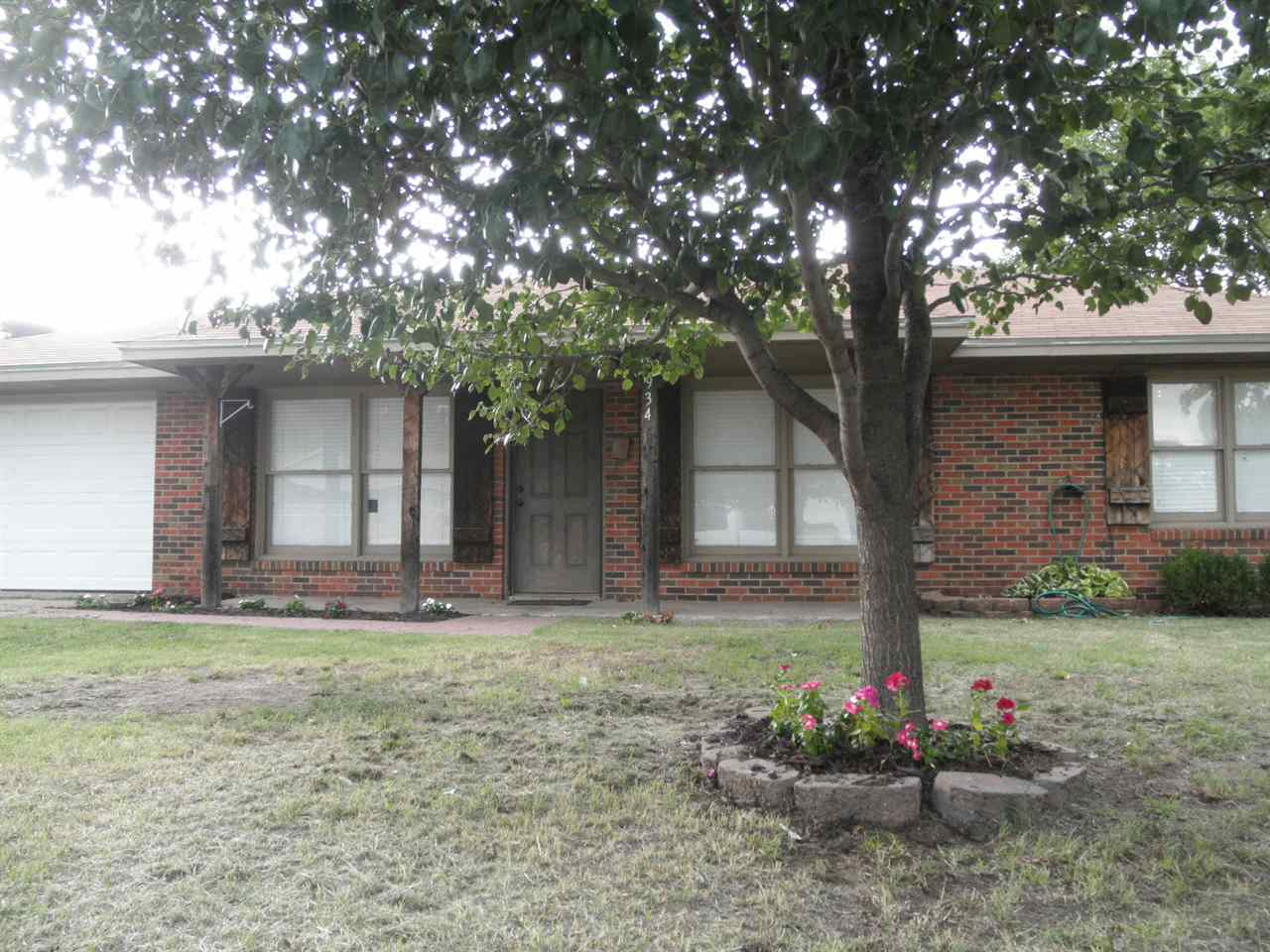 Sold Cross Sale W/ MLS | 934 Robin Road  Blackwell, OK 74631 2