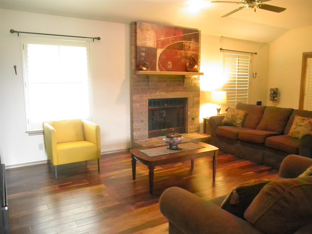 Sold Intraoffice W/MLS | 400 Lonnie Ponca City, OK 74601 2
