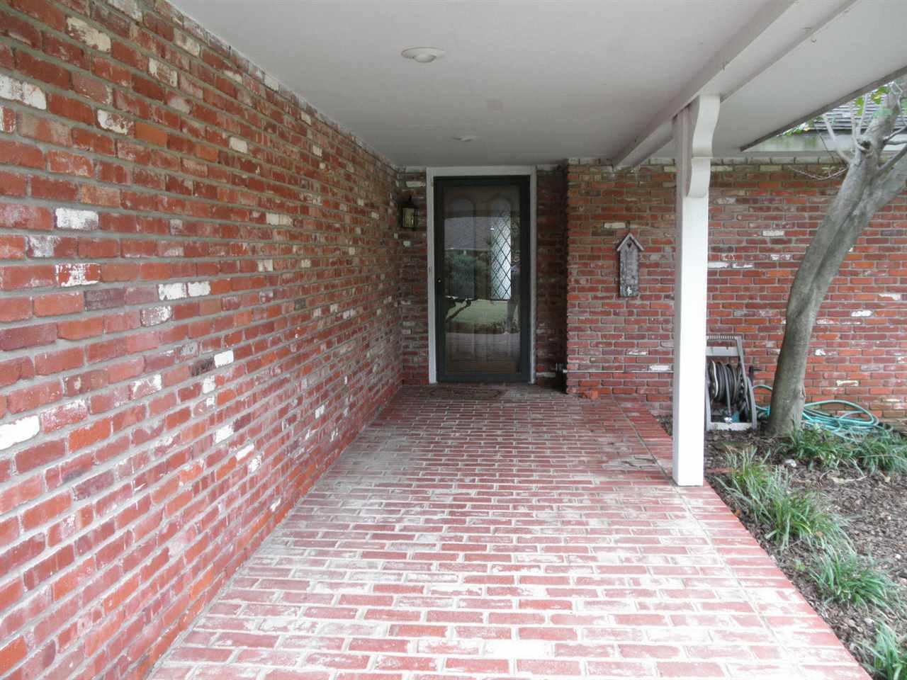 Sold Intraoffice W/MLS | 1404 Meadowbrook Ponca City, OK 74604 2