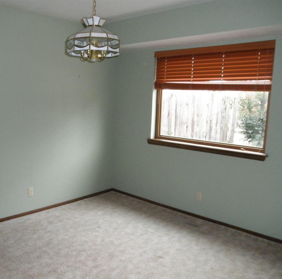 Sold Intraoffice W/MLS | 1404 Meadowbrook Ponca City, OK 74604 7