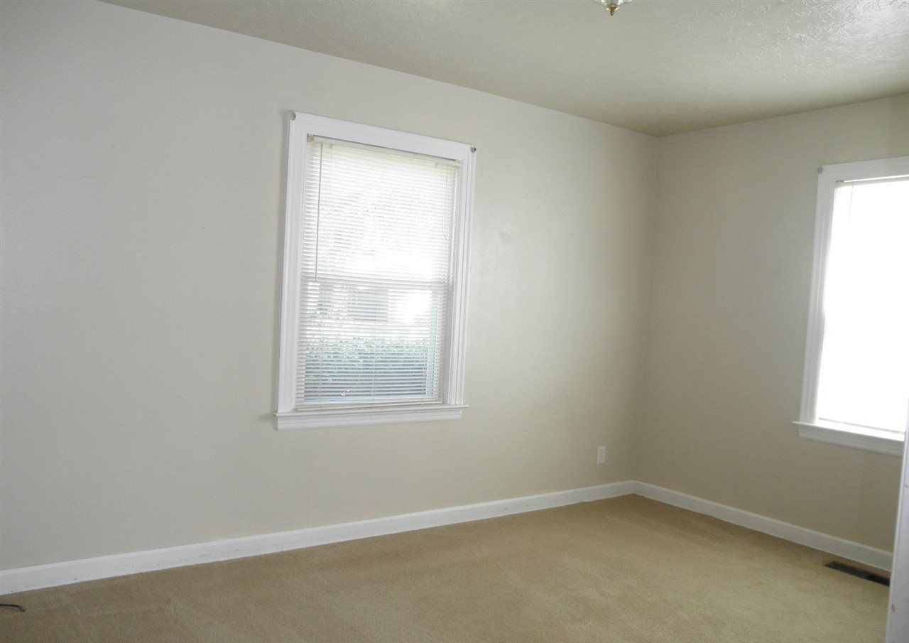 Sold Intraoffice W/MLS   516 N 11th  Ponca City, OK 74601 11