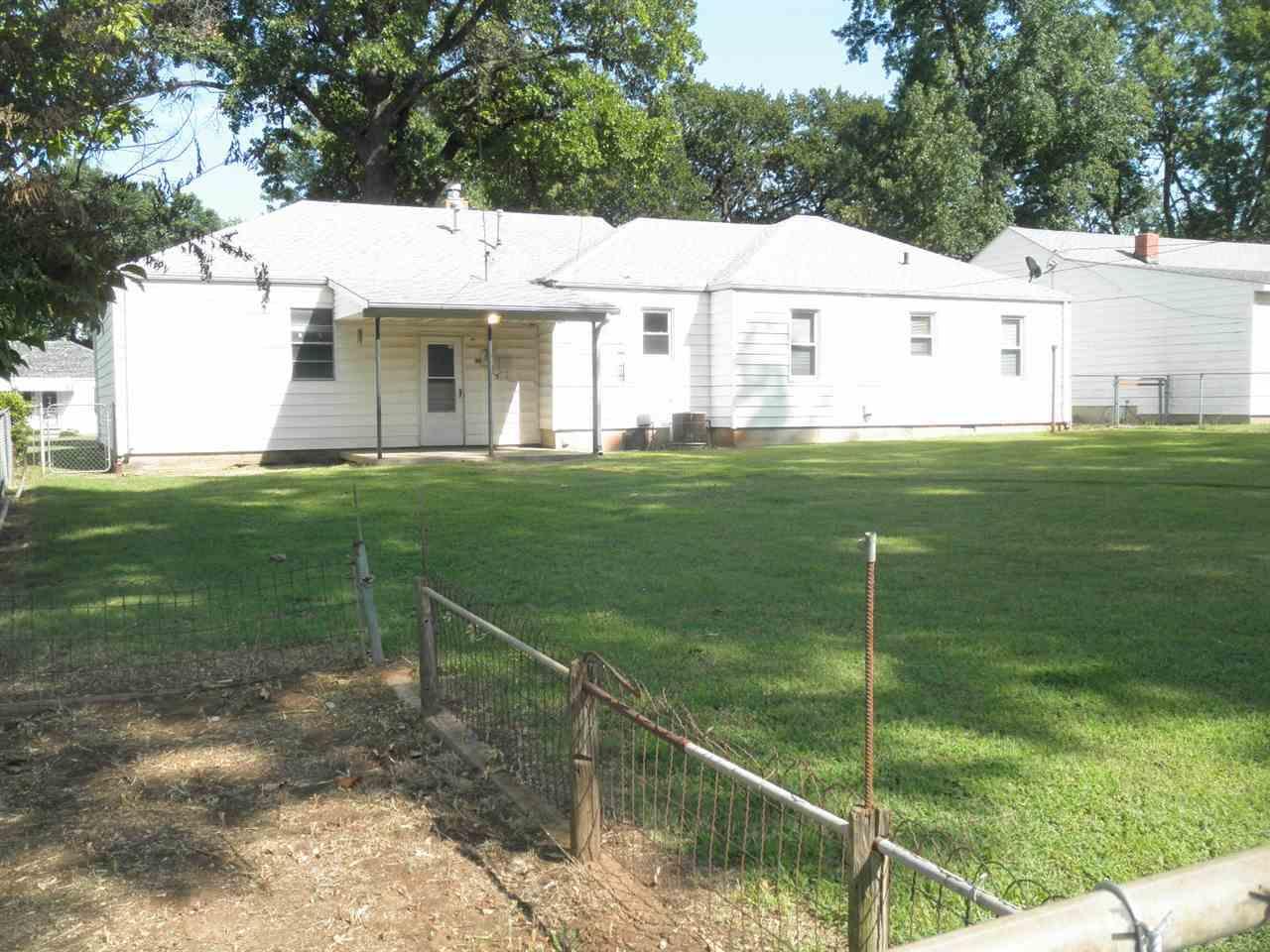 Sold Intraoffice W/MLS   516 N 11th  Ponca City, OK 74601 16