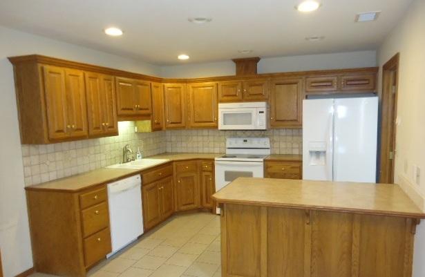 Sold Cross Sale W/ MLS | 3208 Turner  Ponca City, OK 74604 9