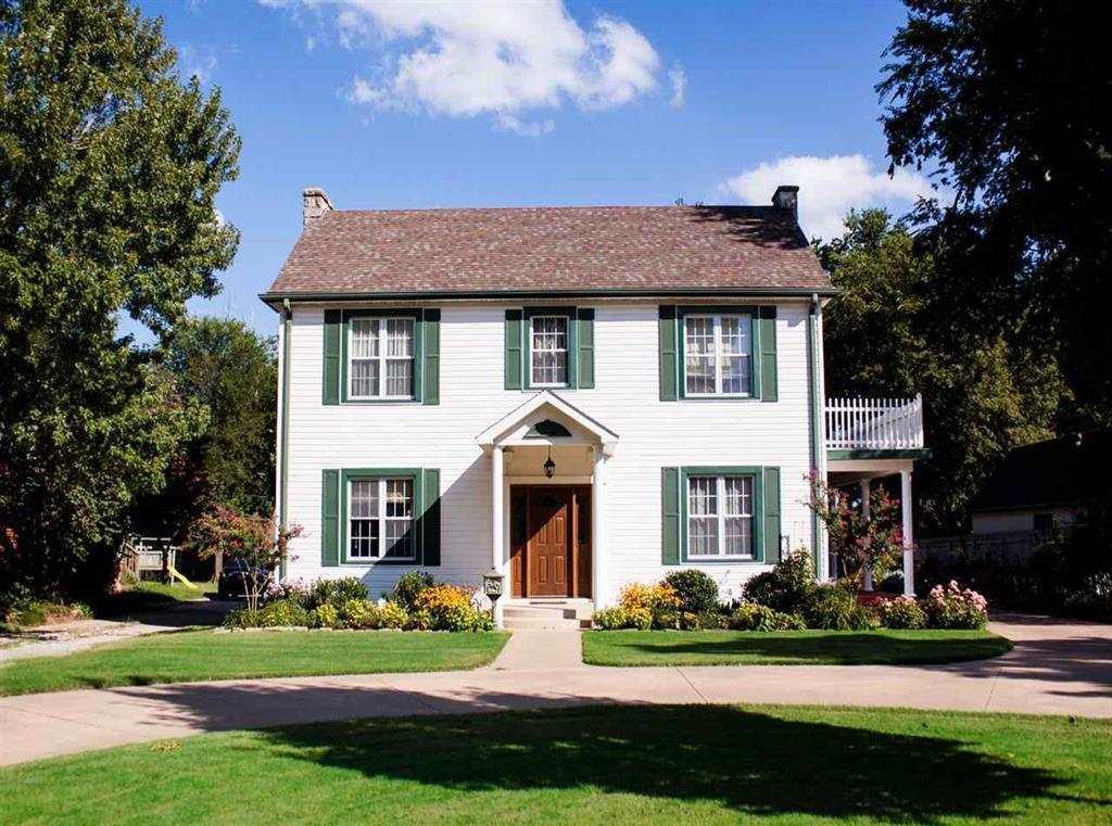Sold Intraoffice W/MLS | 121 Elmwood  Ponca City, OK 74601 0