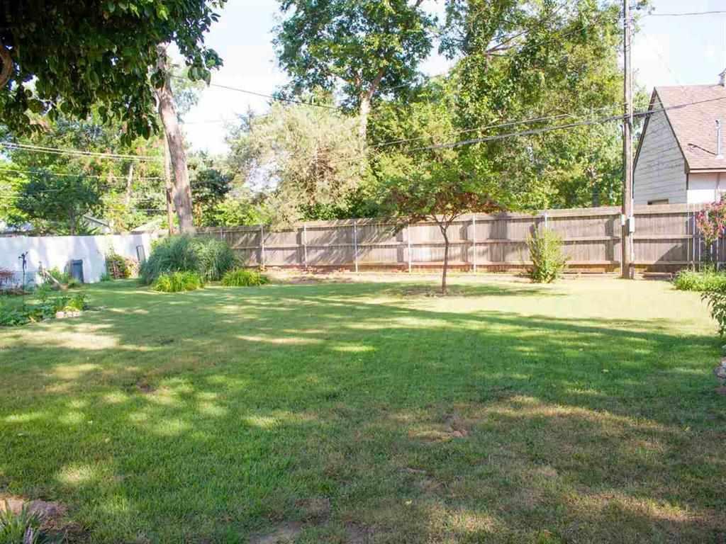 Sold Intraoffice W/MLS | 121 Elmwood  Ponca City, OK 74601 7