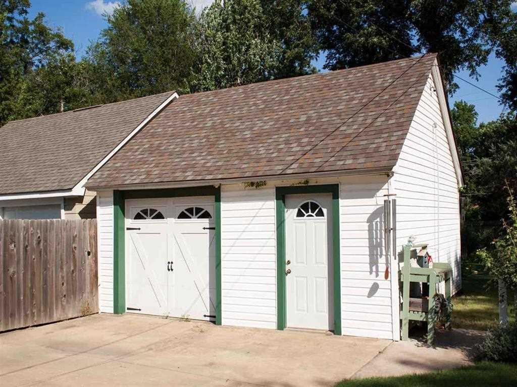 Sold Intraoffice W/MLS | 121 Elmwood  Ponca City, OK 74601 8