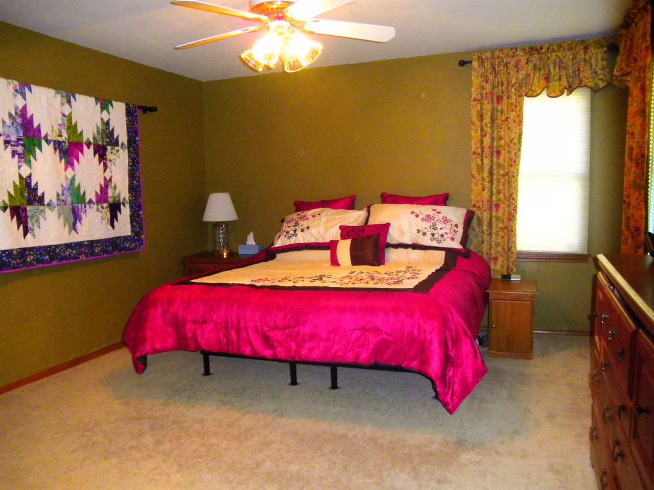 Sold Cross Sale W/ MLS | 32 Raintree Ponca City, OK 74604 16