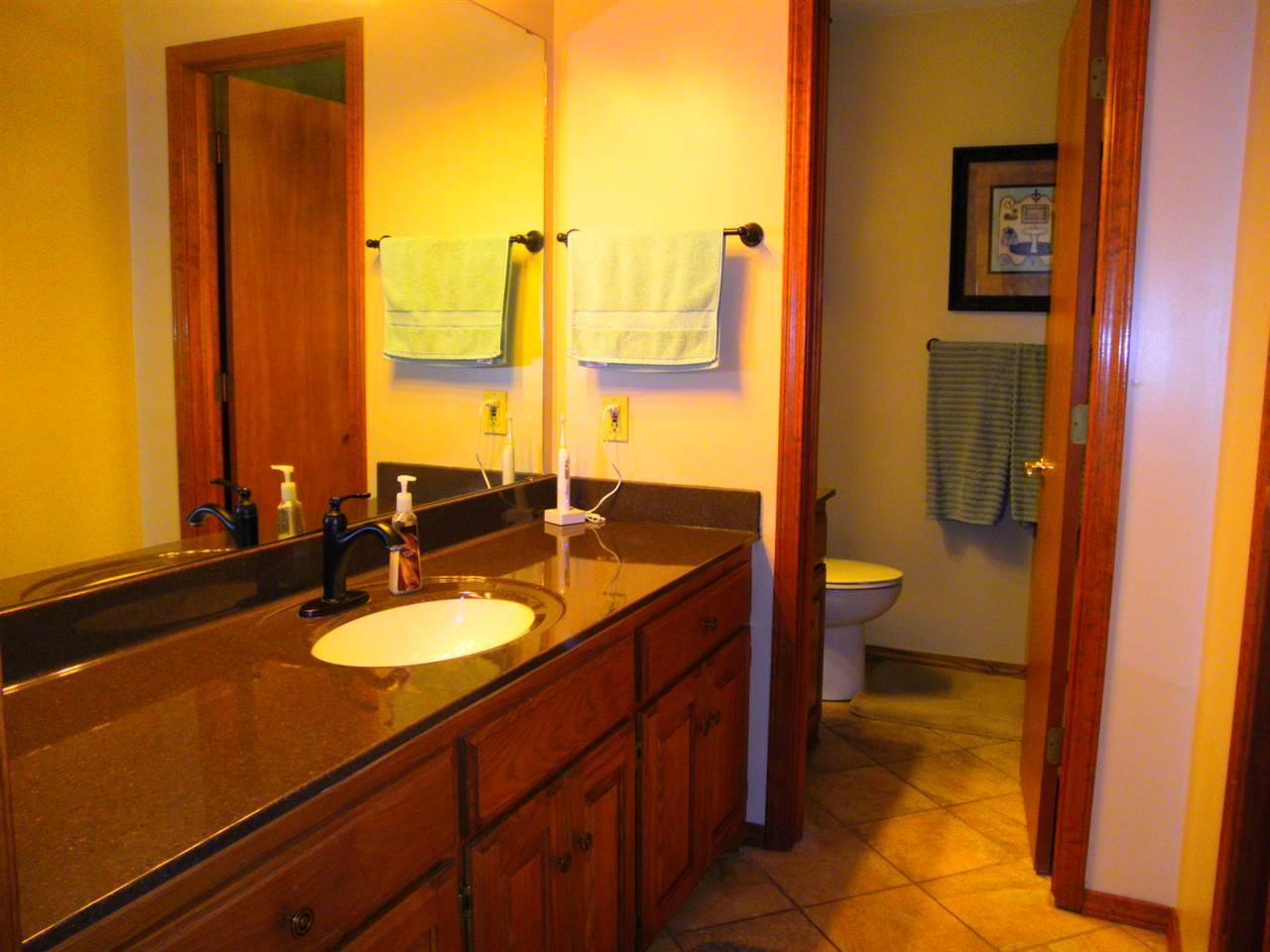 Sold Cross Sale W/ MLS | 32 Raintree Ponca City, OK 74604 17
