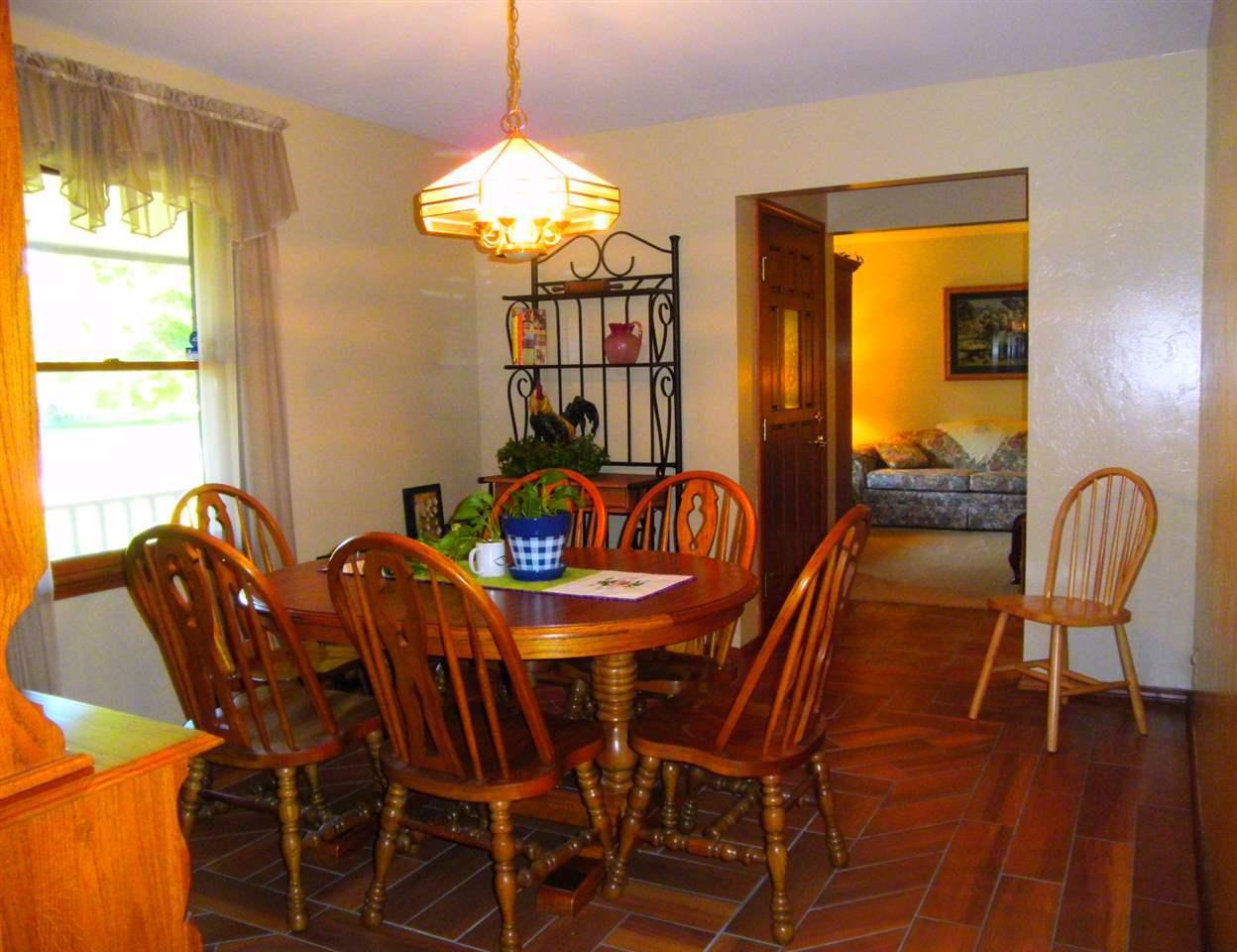 Sold Cross Sale W/ MLS | 32 Raintree Ponca City, OK 74604 3