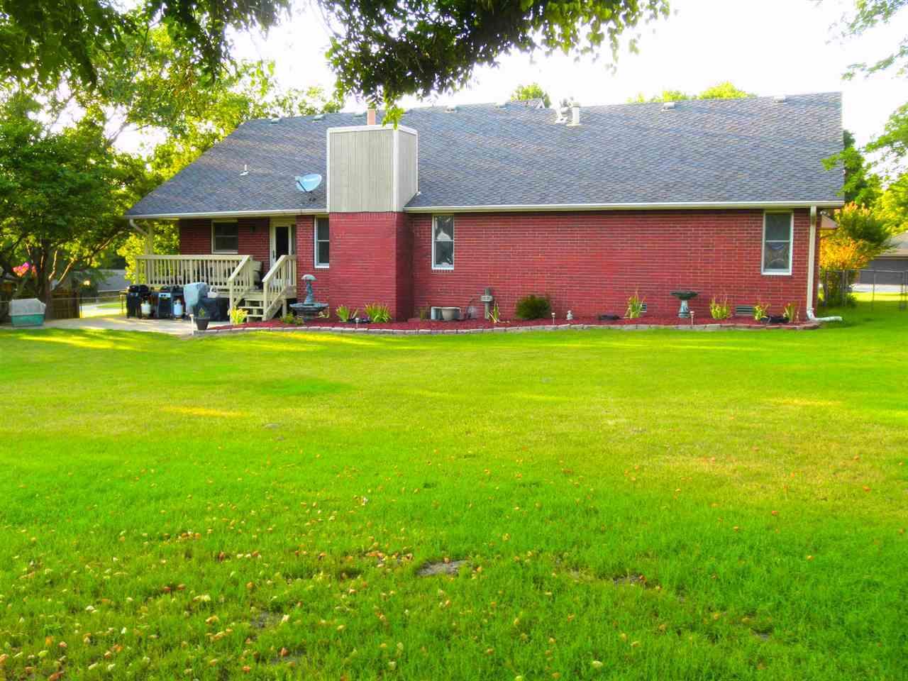 Sold Cross Sale W/ MLS | 32 Raintree Ponca City, OK 74604 34