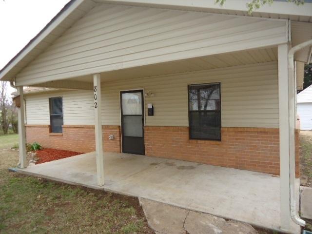 Sold Cross Sale W/ MLS | 802 S 11th Ponca City, OK 74601 1