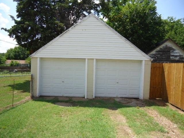 Sold Cross Sale W/ MLS | 802 S 11th Ponca City, OK 74601 20