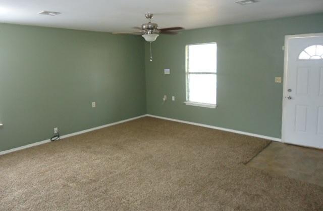 Sold Cross Sale W/ MLS | 802 S 11th Ponca City, OK 74601 3