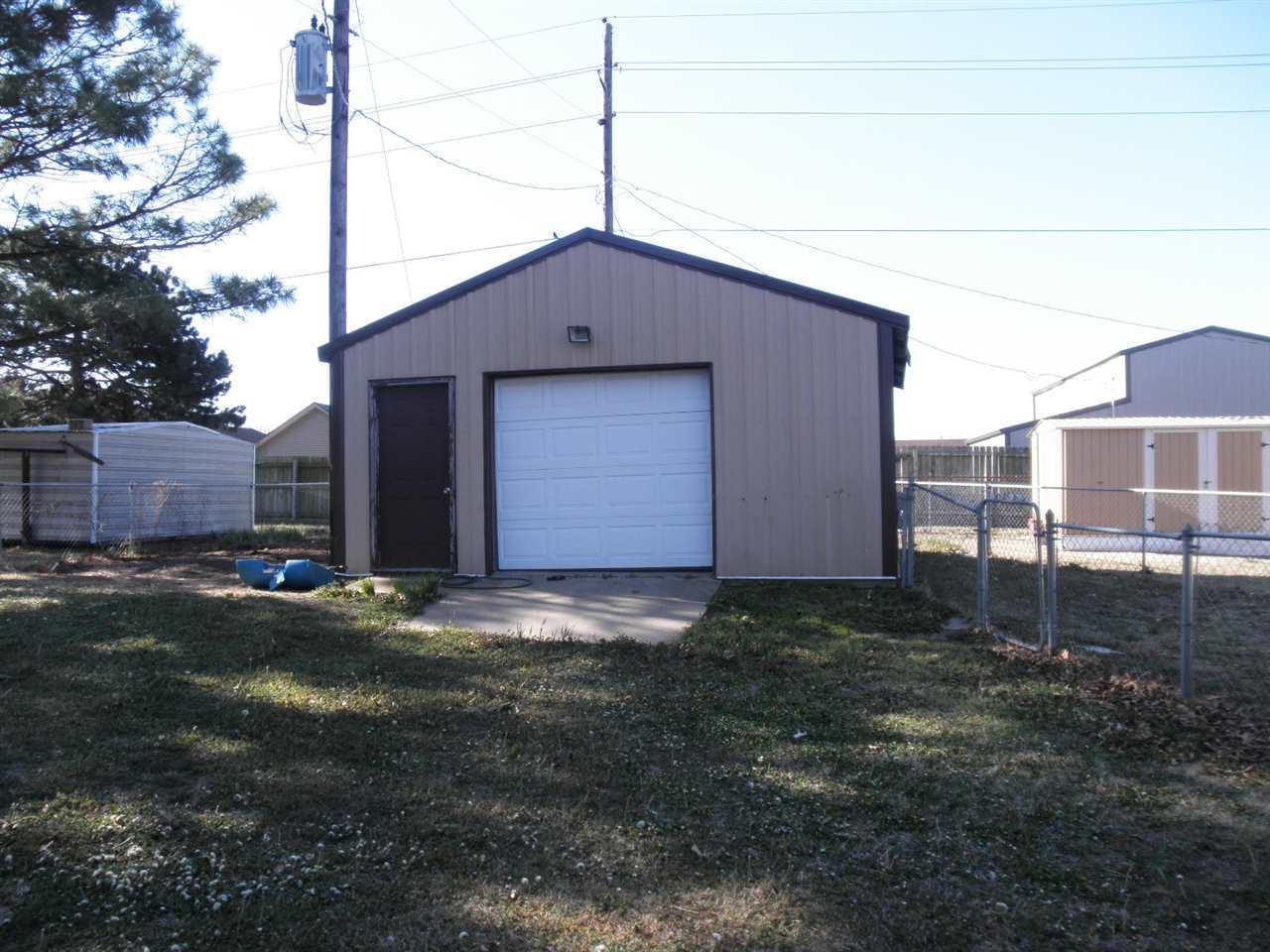 Sold Cross Sale W/ MLS | 310 Lora  Ponca City, OK 74604 19