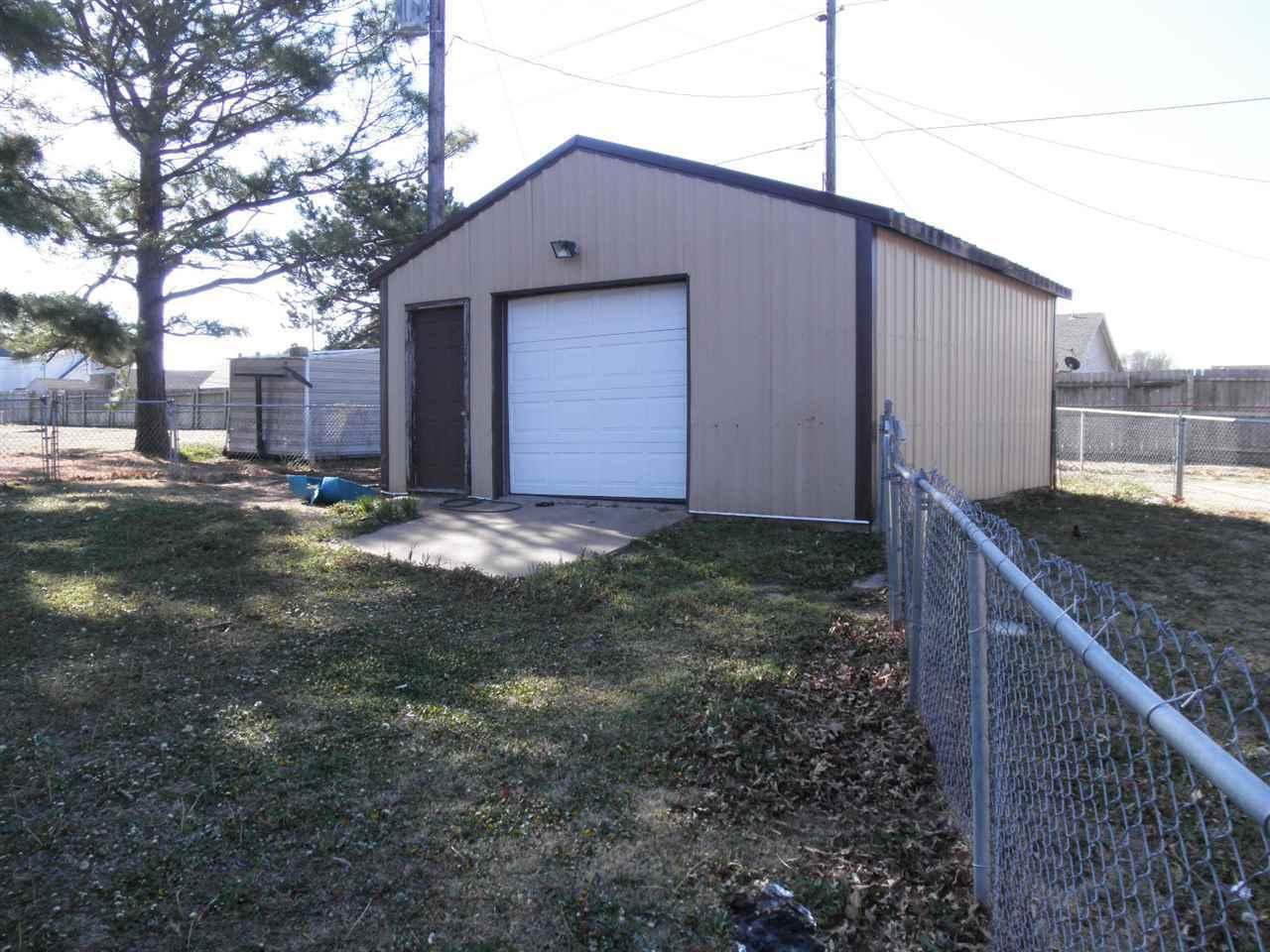 Sold Cross Sale W/ MLS | 310 Lora  Ponca City, OK 74604 20