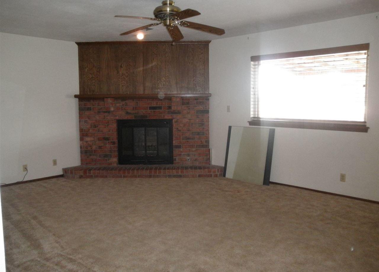 Sold Cross Sale W/ MLS | 310 Lora  Ponca City, OK 74604 4