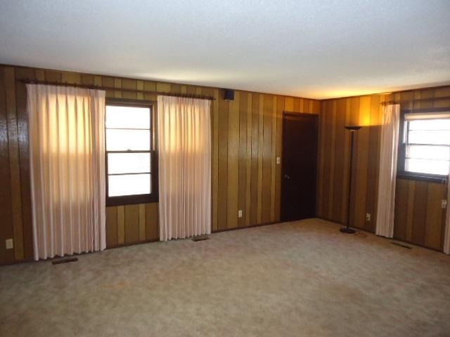 Sold Cross Sale W/ MLS | 2104 Jane Ponca City, OK 74601 16