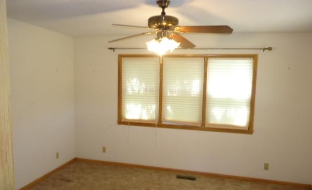 Sold Cross Sale W/ MLS | 2104 Jane Ponca City, OK 74601 18