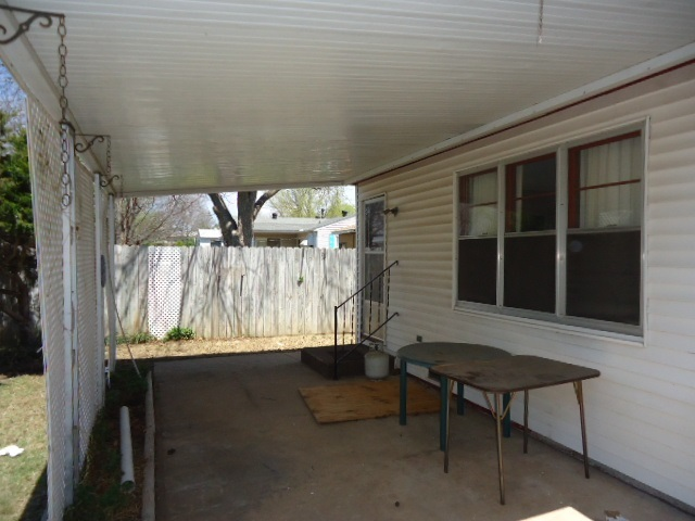 Sold Cross Sale W/ MLS | 2104 Jane Ponca City, OK 74601 6
