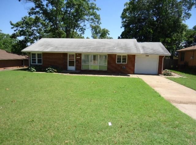 Sold Cross Sale W/ MLS | 1500 E Oklahoma  Ponca City, OK 74604 0