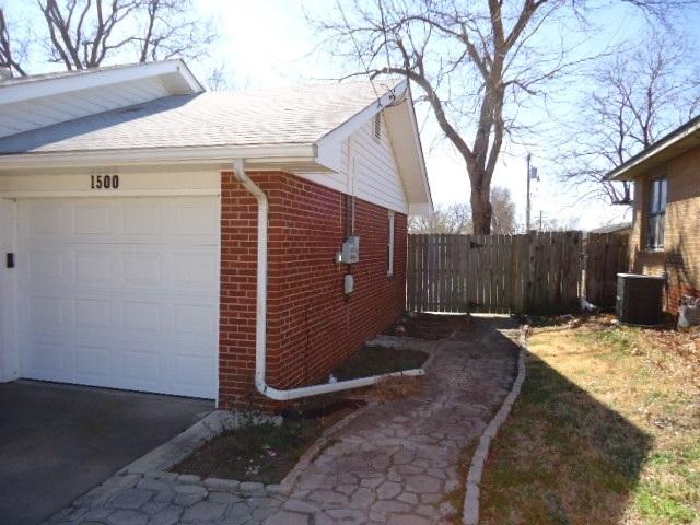 Sold Cross Sale W/ MLS | 1500 E Oklahoma  Ponca City, OK 74604 20