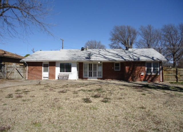 Sold Cross Sale W/ MLS | 1500 E Oklahoma  Ponca City, OK 74604 22