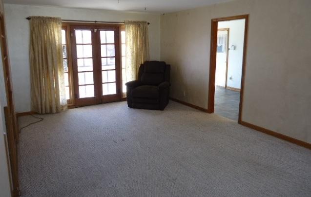 Sold Cross Sale W/ MLS | 1500 E Oklahoma  Ponca City, OK 74604 3