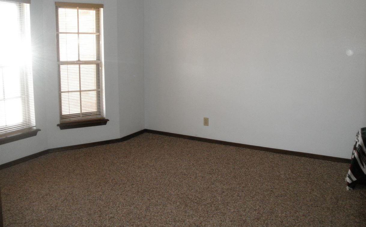 Sold Intraoffice W/MLS | 1525 W Broadway  Ponca City, OK 74601 17