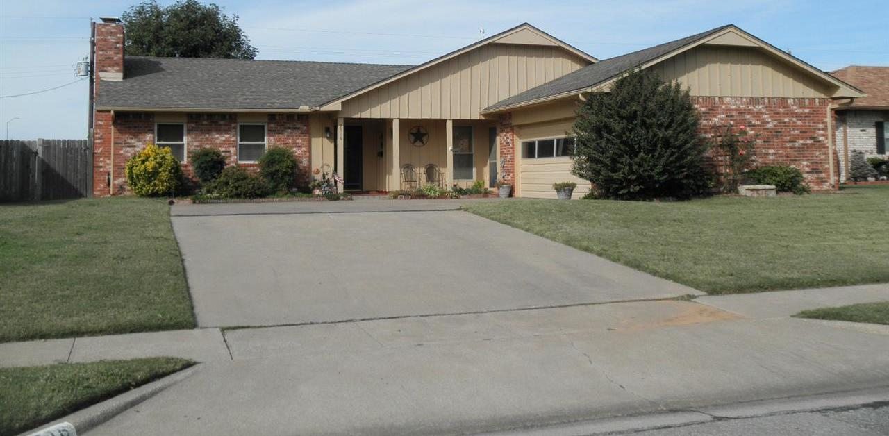 Sold Cross Sale W/ MLS | 2516 Oriole  Ponca City, OK 74601 0
