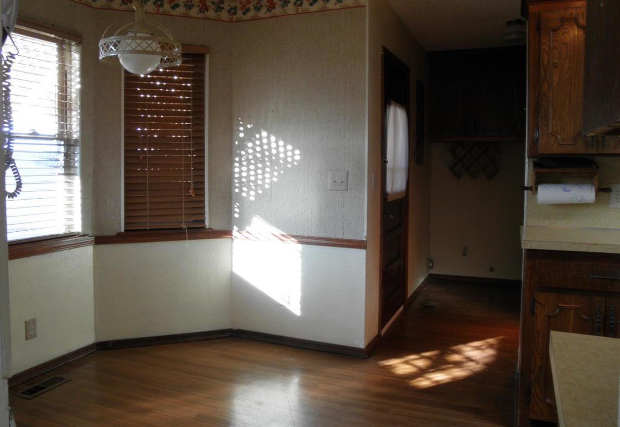 Sold Cross Sale W/ MLS | 2516 Oriole  Ponca City, OK 74601 10