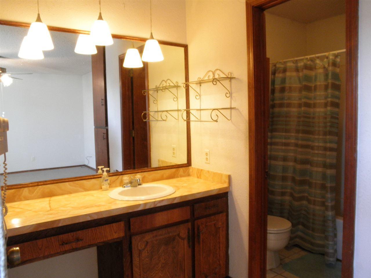 Sold Cross Sale W/ MLS | 2516 Oriole  Ponca City, OK 74601 20