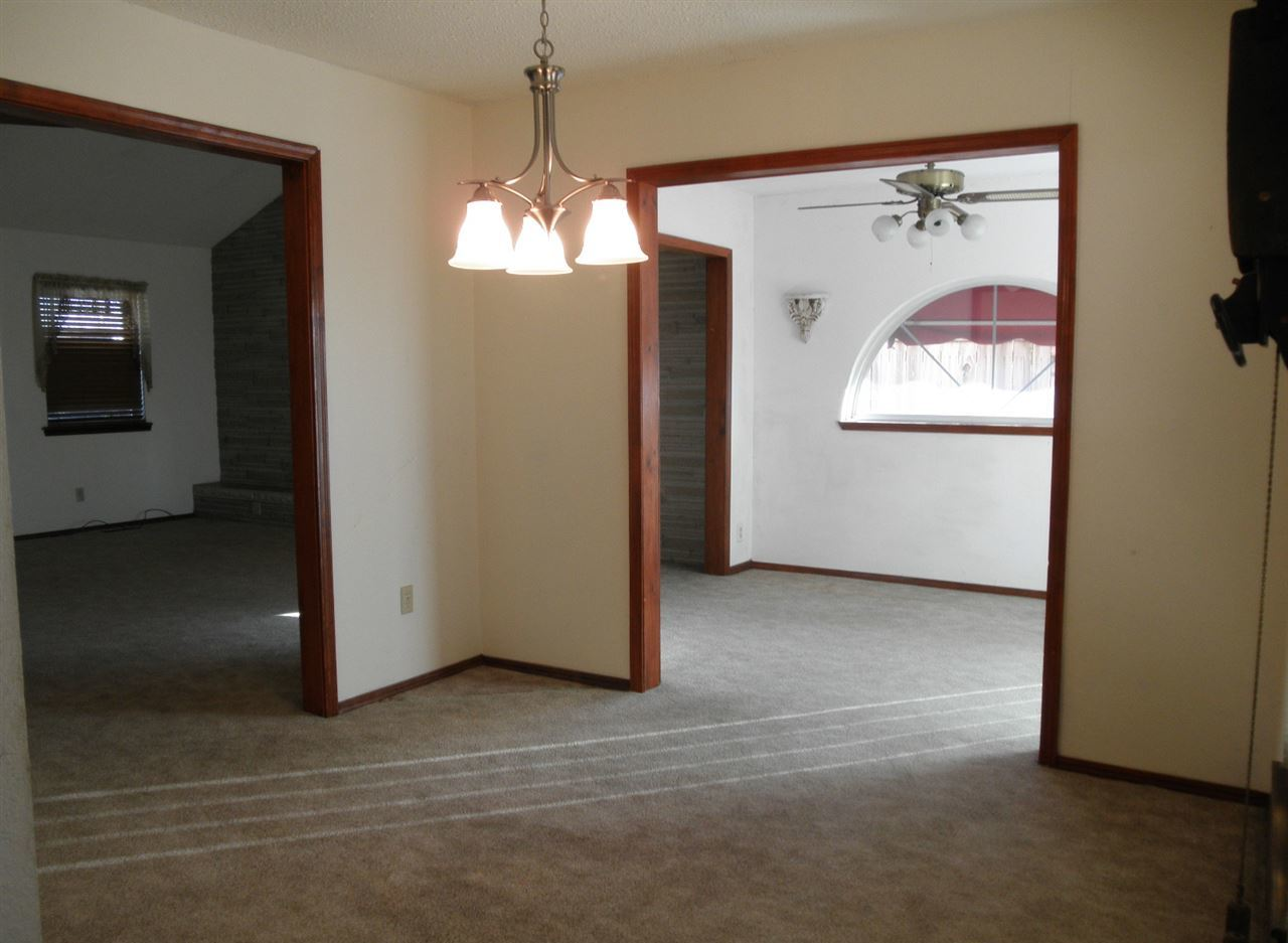 Sold Cross Sale W/ MLS | 2516 Oriole  Ponca City, OK 74601 9
