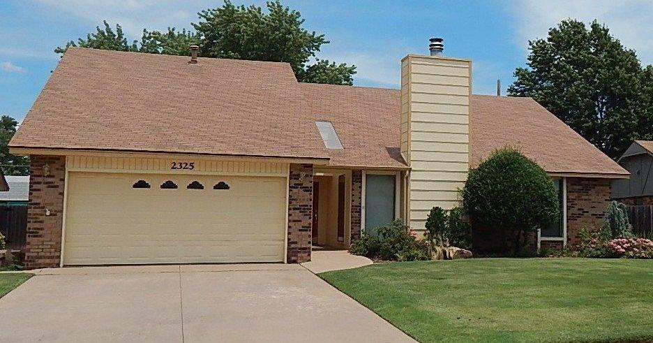 Sold Cross Sale W/ MLS | 2325 Glenmore  Ponca City, OK 74601 0