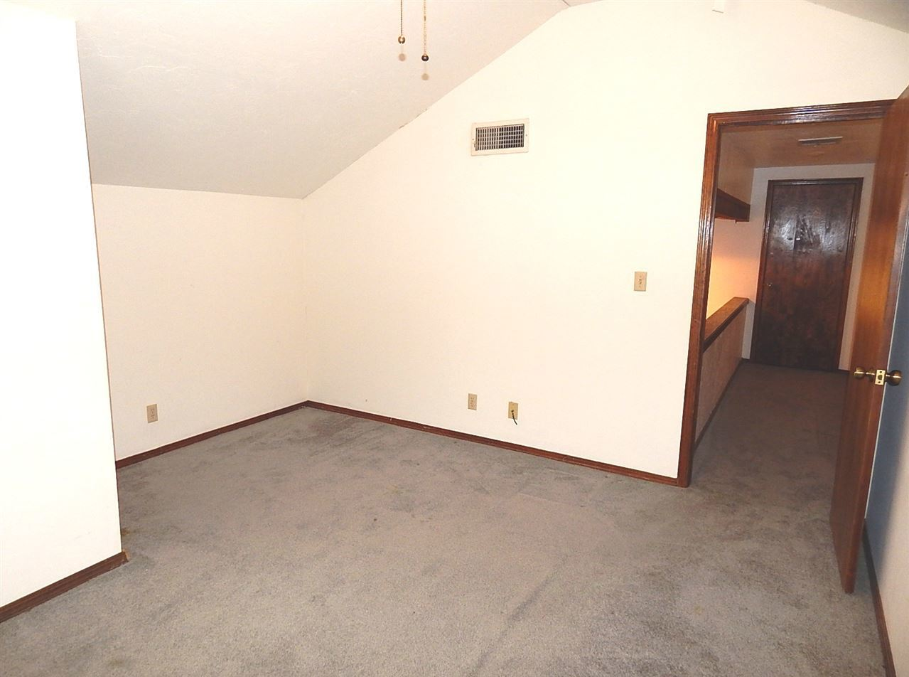 Sold Cross Sale W/ MLS | 2325 Glenmore  Ponca City, OK 74601 22