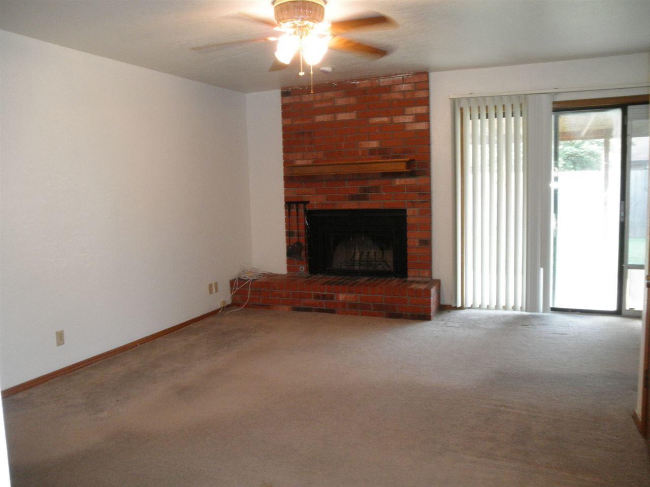 Sold Cross Sale W/ MLS | 124 Woodbury Ponca City, OK 74601 4