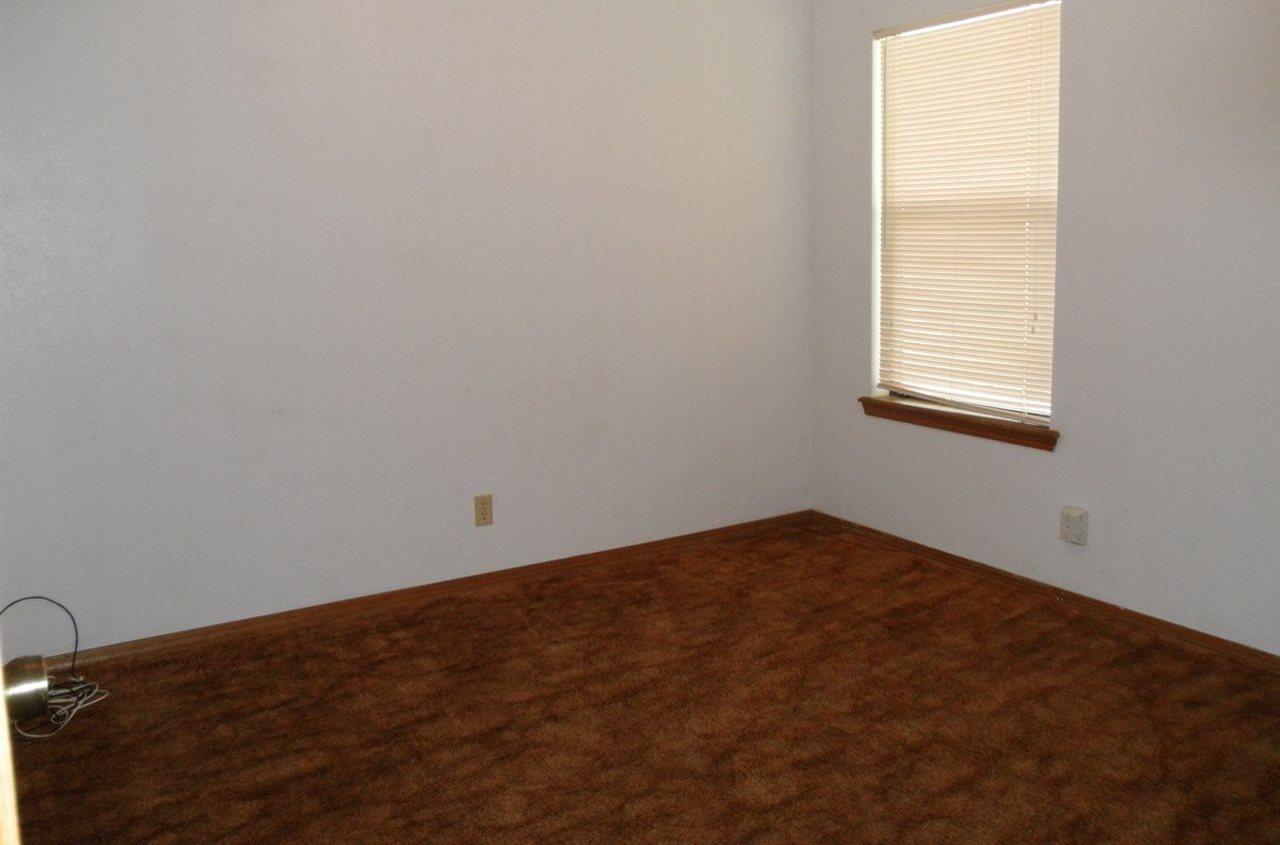 Sold Cross Sale W/ MLS | 124 Woodbury  Ponca City, OK 74601 9