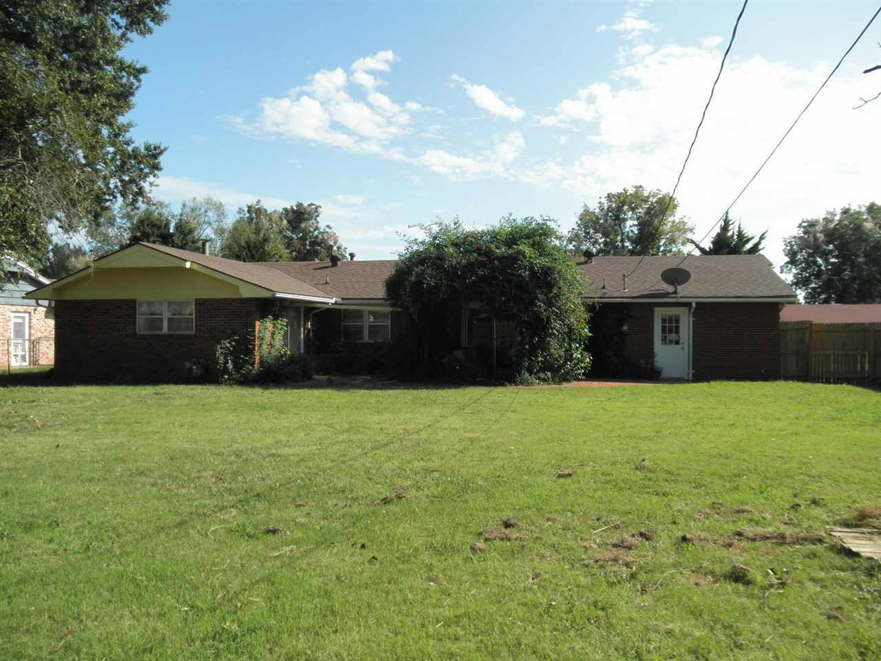 Sold Cross Sale W/ MLS | 2609 Canterbury  Ponca City, OK 74604 20