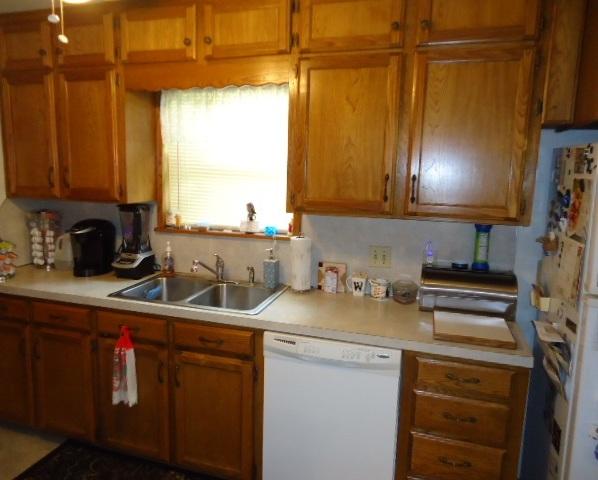 Sold Cross Sale W/ MLS   2017 N 5th St.  Ponca City, OK 74601 7