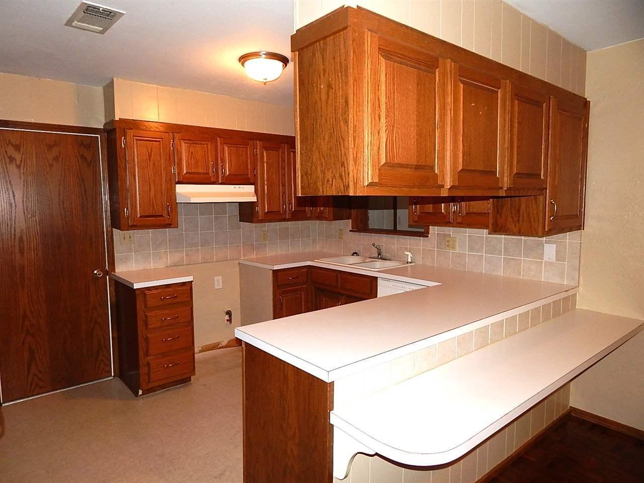 Sold Intraoffice W/MLS | 3410 Meadow Lane Ponca City, OK 74604 6
