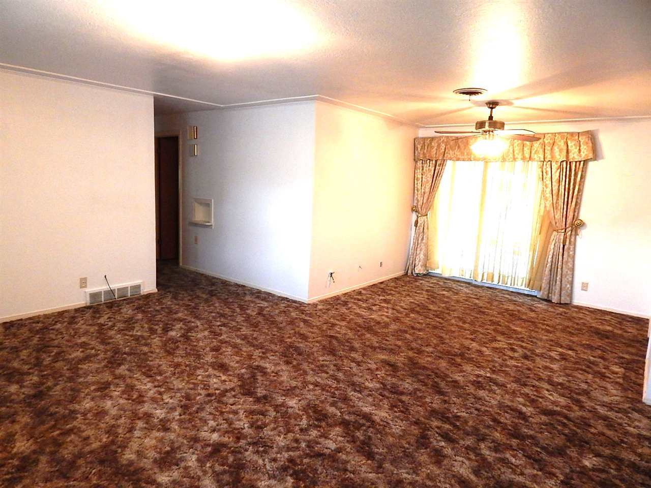 Sold Cross Sale W/ MLS | 720 N 14th Ponca City, OK 74601 2