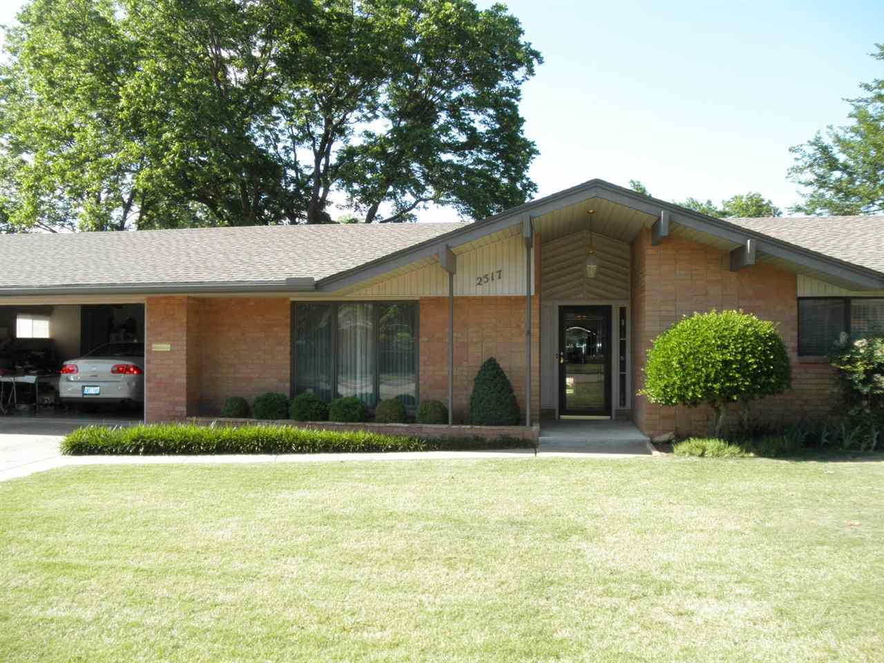 Sold Intraoffice W/MLS | 2517 Canterbury  Ponca City, OK 74604 0